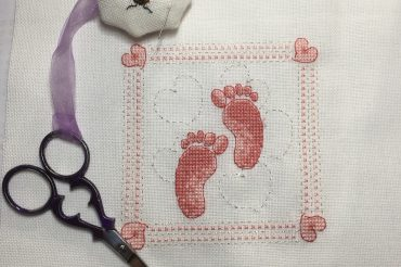 Little Toes – backstitch